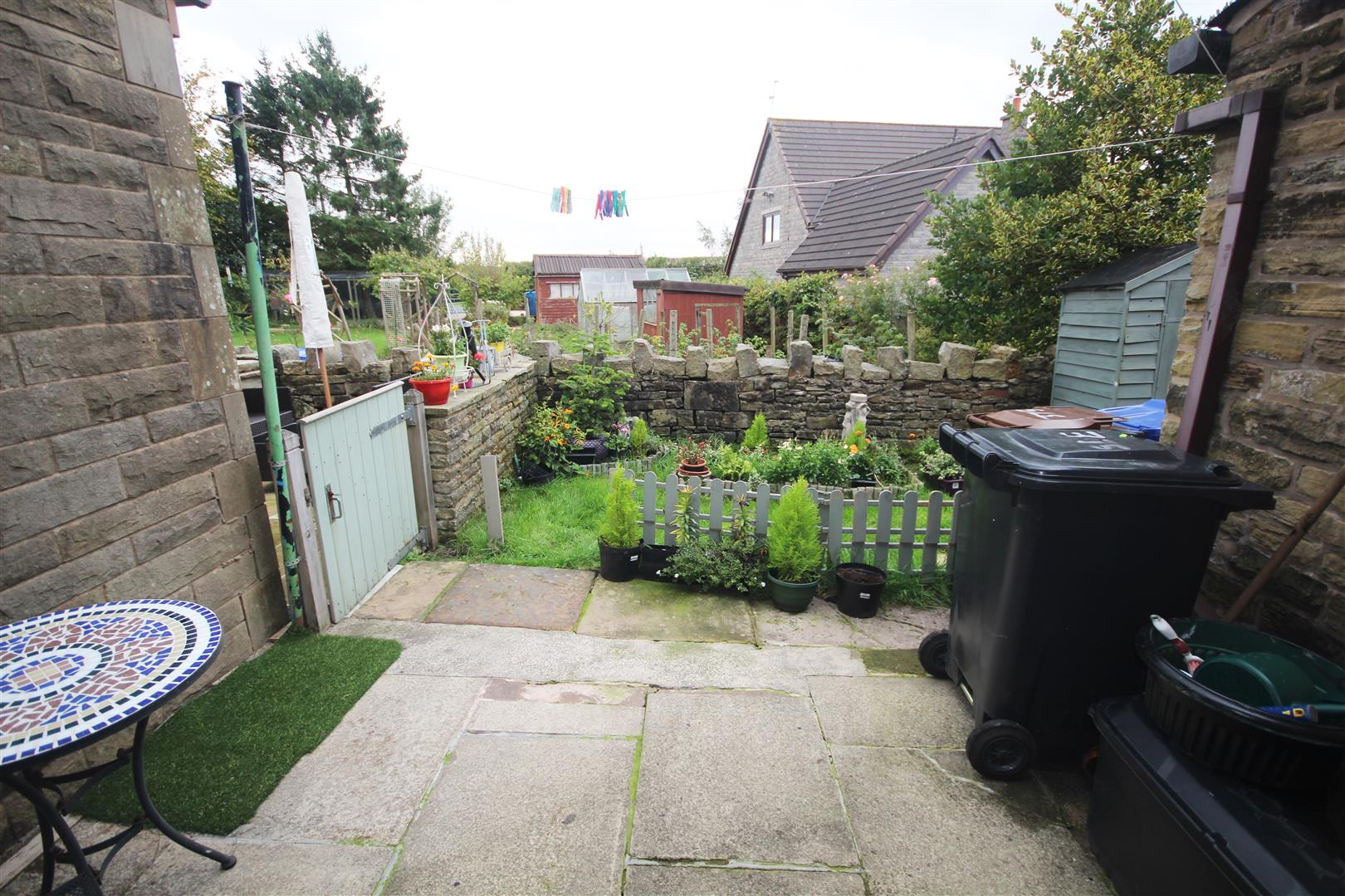 2 bedroom mid terrace house Let Agreed in Fence - Property photograph